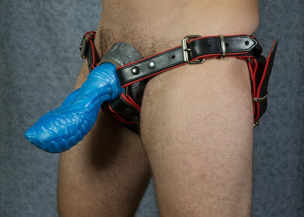Ramshine Leather Toy Harness - Click Image to Close